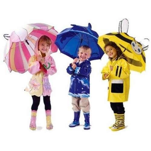 Дождевики и зонты